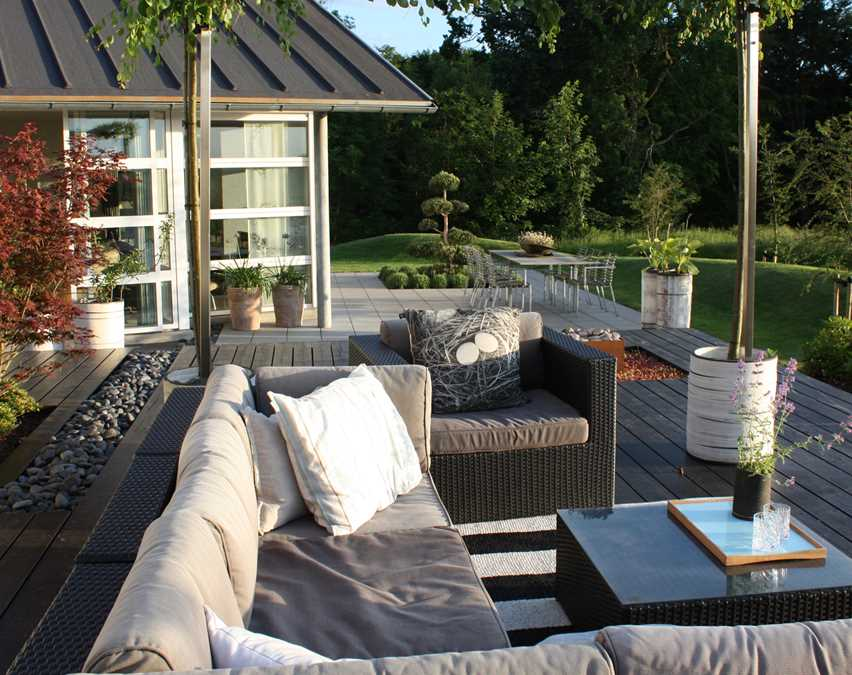 Havearkitektens terrasser i forskudte vinkler